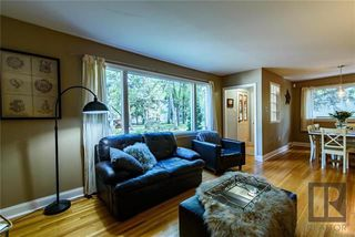 Photo 3: 305 Wildwood Park in Winnipeg: Wildwood Residential for sale (1J)  : MLS®# 1824013