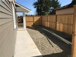 Photo 15: 2436 Sooke Road in VICTORIA: Co Hatley Park Single Family Detached for sale (Colwood)  : MLS®# 400788