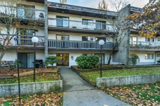 """Main Photo: 202 33870 FERN Street in Abbotsford: Central Abbotsford Condo for sale in """"Fernwood Manor"""" : MLS®# R2321853"""