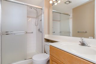 """Photo 13: 902 3170 GLADWIN Road in Abbotsford: Central Abbotsford Condo for sale in """"Regency Park Towers"""" : MLS®# R2327745"""