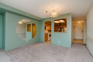 """Photo 4: 902 3170 GLADWIN Road in Abbotsford: Central Abbotsford Condo for sale in """"Regency Park Towers"""" : MLS®# R2327745"""