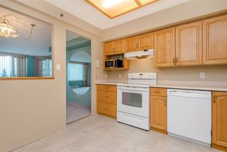 """Photo 6: 902 3170 GLADWIN Road in Abbotsford: Central Abbotsford Condo for sale in """"Regency Park Towers"""" : MLS®# R2327745"""