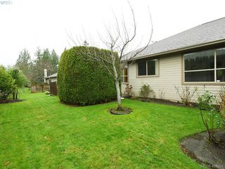 Photo 24: 201 4515 Pipeline Road in VICTORIA: SW Royal Oak Townhouse for sale (Saanich West)  : MLS®# 404361
