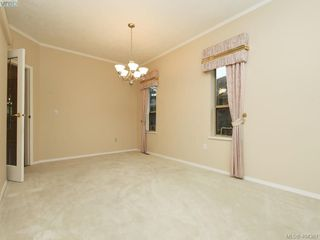 Photo 6: 201 4515 Pipeline Road in VICTORIA: SW Royal Oak Townhouse for sale (Saanich West)  : MLS®# 404361