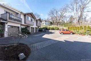 Photo 2: 6 1080 Greenridge Crescent in VICTORIA: SE Quadra Townhouse for sale (Saanich East)  : MLS®# 405675