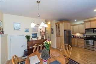 Photo 10: 6 1080 Greenridge Crescent in VICTORIA: SE Quadra Townhouse for sale (Saanich East)  : MLS®# 405675