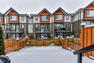 "Photo 3: 16 6378 142 Street in Surrey: Sullivan Station Townhouse for sale in ""KENDRA"" : MLS®# R2340251"