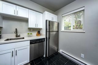 "Photo 11: 9 877 W 7TH Avenue in Vancouver: Fairview VW Townhouse for sale in ""EMERALD COURT"" (Vancouver West)  : MLS®# R2341517"