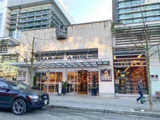 "Photo 19: 602 1708 COLUMBIA Street in Vancouver: False Creek Condo for sale in ""Wall Centre False Creek West Tower One"" (Vancouver West)  : MLS®# R2345448"