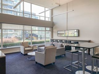 "Photo 15: 602 1708 COLUMBIA Street in Vancouver: False Creek Condo for sale in ""Wall Centre False Creek West Tower One"" (Vancouver West)  : MLS®# R2345448"