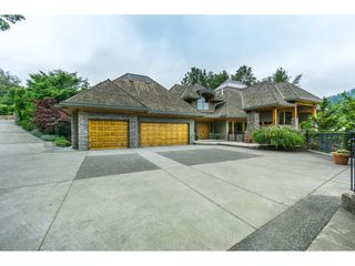Main Photo: 2196 ORCHARD Drive in Abbotsford: Abbotsford East House for sale : MLS®# R2350237