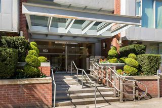 "Photo 3: 407 1133 HOMER Street in Vancouver: Yaletown Condo for sale in ""H&H"" (Vancouver West)  : MLS®# R2359533"
