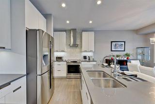 Photo 11: 2737 KIRKLAND Way in Edmonton: Zone 56 House for sale : MLS®# E4152363