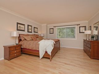 "Photo 8: 2193 HIXON Court in North Vancouver: Indian River House for sale in ""INDIAN RIVER"" : MLS®# R2360303"