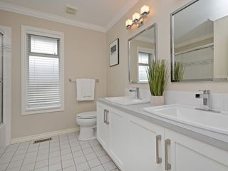 "Photo 13: 2193 HIXON Court in North Vancouver: Indian River House for sale in ""INDIAN RIVER"" : MLS®# R2360303"