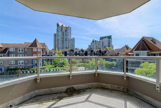 "Photo 15: 307 3070 GUILDFORD Way in Coquitlam: North Coquitlam Condo for sale in ""LAKESIDE TERRACE"" : MLS®# R2367699"