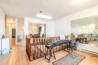 Photo 6: 2106 E 42ND Avenue in Vancouver: Killarney VE House for sale (Vancouver East)  : MLS®# R2369320