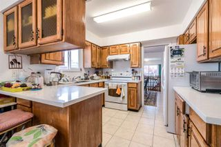 Photo 11: 2106 E 42ND Avenue in Vancouver: Killarney VE House for sale (Vancouver East)  : MLS®# R2369320