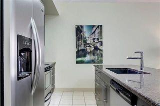 Photo 5: 307 11203 103A Avenue in Edmonton: Zone 12 Condo for sale : MLS®# E4157081