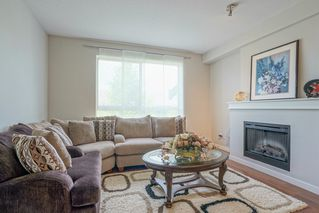 Photo 4: 123 2738 158 Street in Surrey: Grandview Surrey Townhouse for sale (South Surrey White Rock)  : MLS®# R2371973