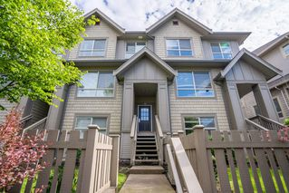 Photo 1: 123 2738 158 Street in Surrey: Grandview Surrey Townhouse for sale (South Surrey White Rock)  : MLS®# R2371973