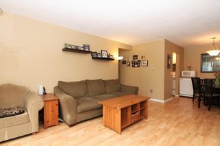 "Photo 4: 132 200 WESTHILL Place in Port Moody: College Park PM Condo for sale in ""Westhill Place"" : MLS®# R2374107"