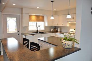 Photo 2: 10210 ELLIS Crescent: Hudsons Hope House for sale (Fort St. John (Zone 60))  : MLS®# R2378449