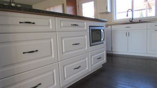 Photo 4: 10210 ELLIS Crescent: Hudsons Hope House for sale (Fort St. John (Zone 60))  : MLS®# R2378449