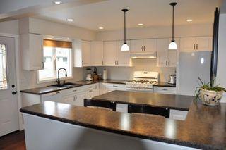 Photo 3: 10210 ELLIS Crescent: Hudsons Hope House for sale (Fort St. John (Zone 60))  : MLS®# R2378449