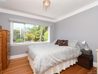 Photo 12: 2551 Foul Bay Road in VICTORIA: OB Henderson Single Family Detached for sale (Oak Bay)  : MLS®# 412463
