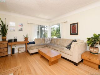 Photo 3: 2551 Foul Bay Road in VICTORIA: OB Henderson Single Family Detached for sale (Oak Bay)  : MLS®# 412463