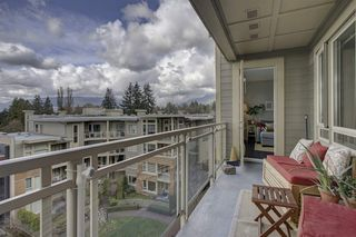 """Photo 9: 409 139 W 22ND Street in North Vancouver: Central Lonsdale Condo for sale in """"Anderson Walk"""" : MLS®# R2382264"""