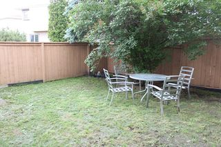 Photo 25: 11016 Beaumaris Road NW in Edmonton: Zone 27 House Half Duplex for sale : MLS®# E4164435
