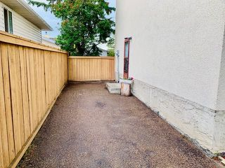 Photo 27: 11016 Beaumaris Road NW in Edmonton: Zone 27 House Half Duplex for sale : MLS®# E4164435