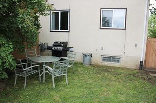 Photo 26: 11016 Beaumaris Road NW in Edmonton: Zone 27 House Half Duplex for sale : MLS®# E4164435