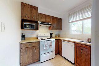 Photo 11: 11016 Beaumaris Road NW in Edmonton: Zone 27 House Half Duplex for sale : MLS®# E4164435