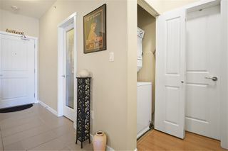 "Photo 5: 402 22290 NORTH Avenue in Maple Ridge: West Central Condo for sale in ""Solo"" : MLS®# R2388810"