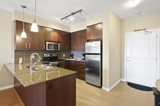 "Photo 3: 402 22290 NORTH Avenue in Maple Ridge: West Central Condo for sale in ""Solo"" : MLS®# R2388810"