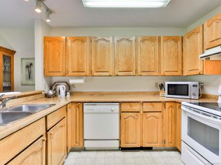 Photo 4: 2 215 Evergreen St in PARKSVILLE: PQ Parksville Row/Townhouse for sale (Parksville/Qualicum)  : MLS®# 823726