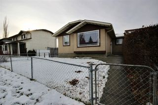 Photo 1: 15404 121 Street in Edmonton: Zone 27 House Half Duplex for sale : MLS®# E4185244