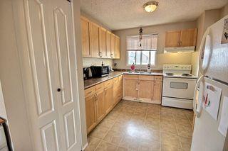 Photo 7: 15404 121 Street in Edmonton: Zone 27 House Half Duplex for sale : MLS®# E4185244