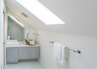 Photo 21: 1336 E 13TH Avenue in Vancouver: Grandview Woodland House 1/2 Duplex for sale (Vancouver East)  : MLS®# R2462761