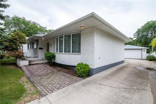 Photo 2: 47 Athlone Drive in Winnipeg: Grace Hospital Residential for sale (5F)  : MLS®# 202012947