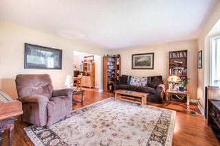 Photo 2: 3953 200A Street in Langley: Brookswood Langley House for sale : MLS®# R2465980