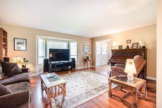 Photo 3: 3953 200A Street in Langley: Brookswood Langley House for sale : MLS®# R2465980