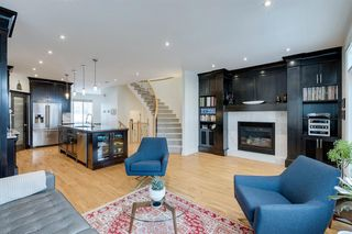 Photo 12: 732 34 Street NW in Calgary: Parkdale Semi Detached for sale : MLS®# A1056903