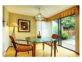 """Photo 3: 4955 THORNWOOD Place in Burnaby: Greentree Village House for sale in """"GREENTREE VILLAGE"""" (Burnaby South)  : MLS®# V899912"""