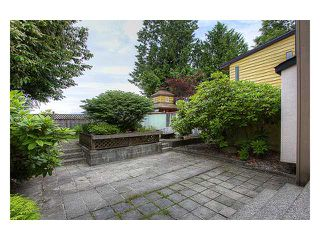 """Photo 9: 4955 THORNWOOD Place in Burnaby: Greentree Village House for sale in """"GREENTREE VILLAGE"""" (Burnaby South)  : MLS®# V899912"""
