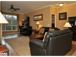 "Photo 6: 423 13880 70TH Avenue in Surrey: East Newton Condo for sale in ""CHELSEA GARDENS"" : MLS®# F1200411"