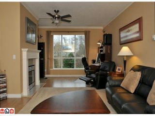 "Photo 7: 423 13880 70TH Avenue in Surrey: East Newton Condo for sale in ""CHELSEA GARDENS"" : MLS®# F1200411"